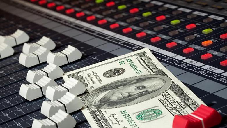 Como ganhar dinheiro com música na internet