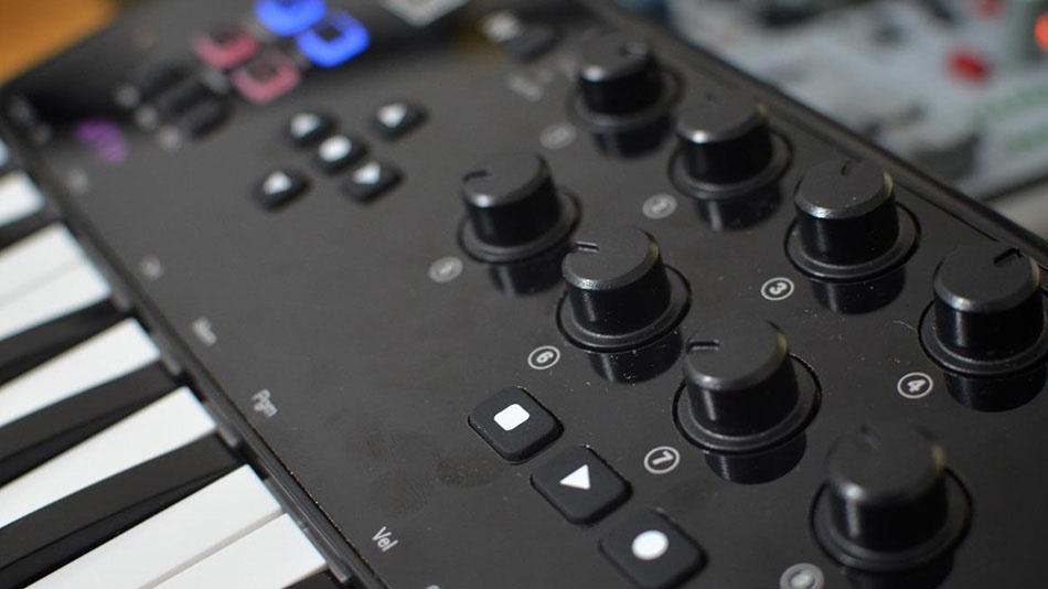Controlador MIDI M Audio